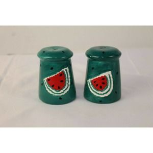 salt and pepper shakers in good shape